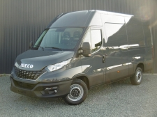 Photo du véhicule IVECO DAILY FOURGON 35S18 EMPATTEMENT 3520L H2