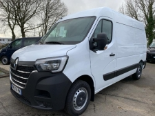 Photo du véhicule Renault Master Fg F3300 L2H2 2.3 dCi 150ch Energy Grand Confort E6