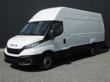 Photo du véhicule IVECO DAILY FOURGON S18V15